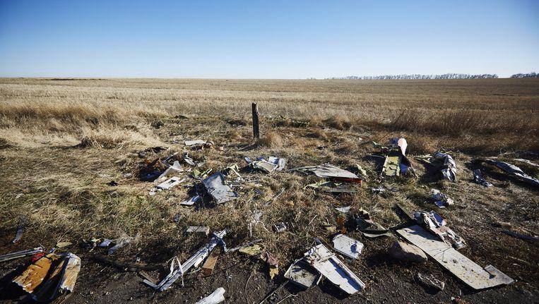 Onderdelen van het vliegtuig op de plek waar de MH17 neerstortte. (archiefbeeld) Beeld ANP