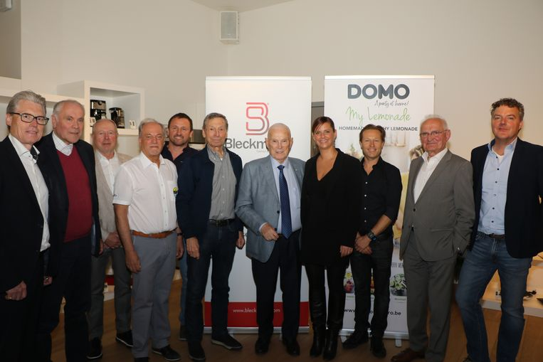 De tweede editie van de Grote Prijs Rik Van Looy werd onder massale belangstelling voorgesteld in de showroom van Domo