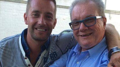 """Eddy (64) overleed eind maart aan corona, zoon Nico zag intussen drie vluchten vanuit Gran Canaria geannuleerd: """"We willen papa zo graag waardig afscheid geven"""""""