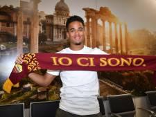 Kluivert op luchthaven Rome warm onthaald door zijn nieuwe fans