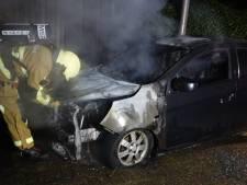 Auto uitgebrand in Hengelo