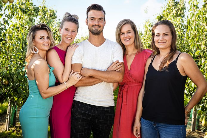 Boer David met Muriëlle, Mariska, David, Rebecca, Sarah.