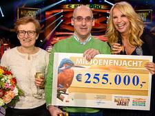 Ernstig zieke inwoner uit Bladel wint 255.000 euro in 'Gouden Koffer Spel'