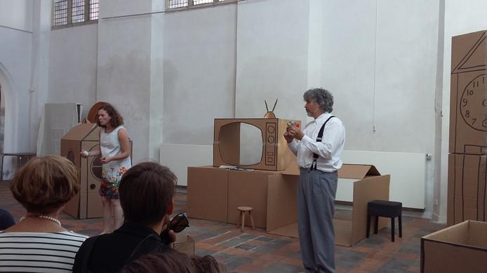 Peter Hendriks en Ellie de Lange spelen Gevoel versus Verstand in het Huis van de Nijmeegse Geschiedenis, Marienburgkapel.