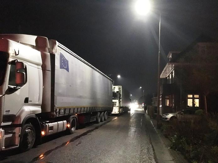 Vrachtwagens in Meerkerk.