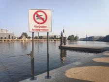 """Politie opgetogen met grotere verbodsborden aan Houtdokken: """"Nu is er eindelijk geen discussie meer"""""""