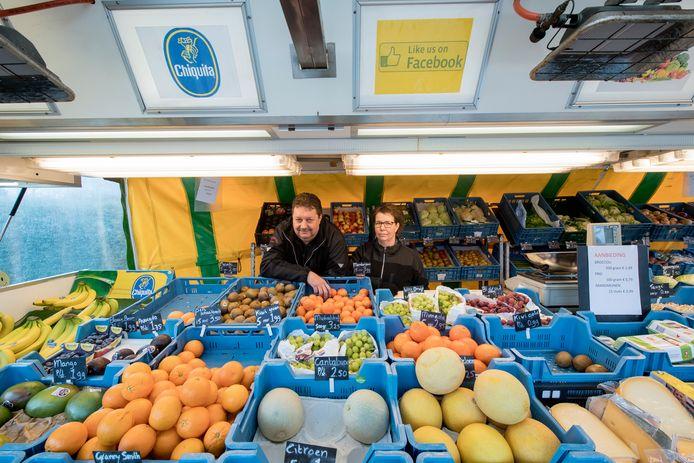 Opijnen 04/02/2020 Marktkraam in dorp Opijnen iov Gelderlander foto Raphael Drent