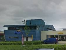 Restaurant Het IJsselpaviljoen Zutphen vol glasscherven en water na noodweer