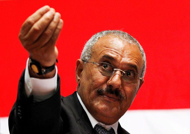Toenmalig Ali Abdullah Saleh gebaart tijdens een bijeenkomst met aanhangers in 2011.  Beeld REUTERS