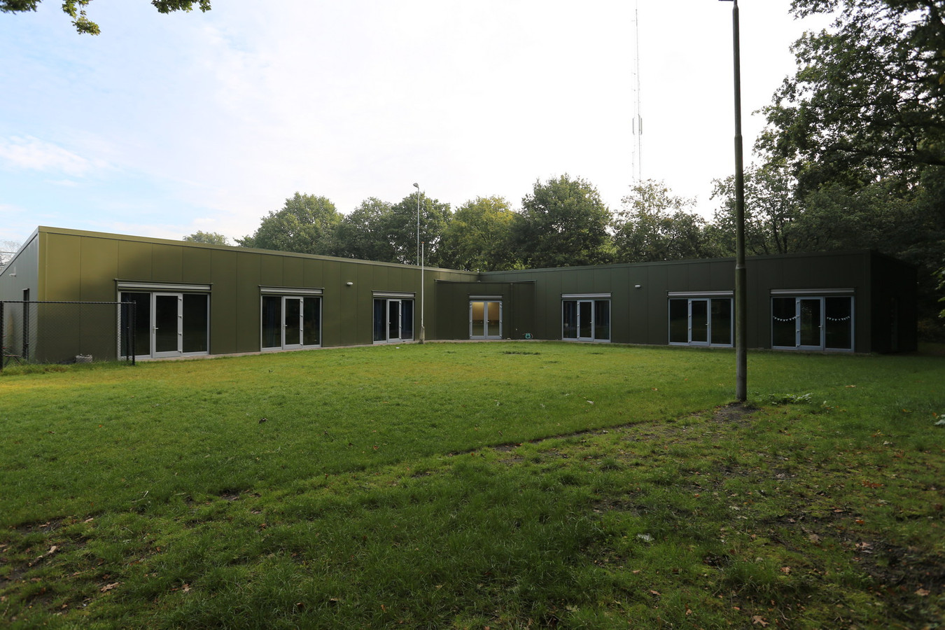 Het gebouw aan De Molenberg in Rucphen waarvan Scouting St. Jan uit Sprundel en Scouting Rucphen gebruik maken sinds het in 2014 tot stand kwam. Het is nog van de gemeente, maar wordt in de toekomst overgedragen aan de beheersstichting