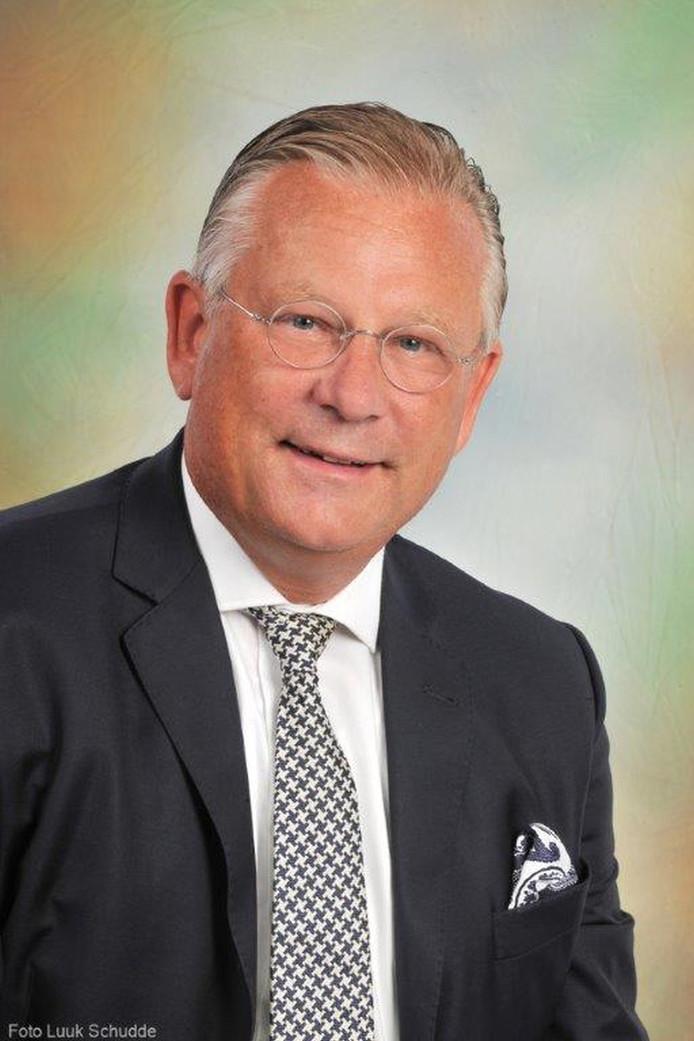 De gemeenteraad van Urk draagt burgemeester Pieter van Maaren voor voor een tweede termijn.