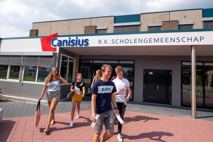 Canisius locatie Almelo is één van de scholen die binnenkort zonnepanelen plaatst.