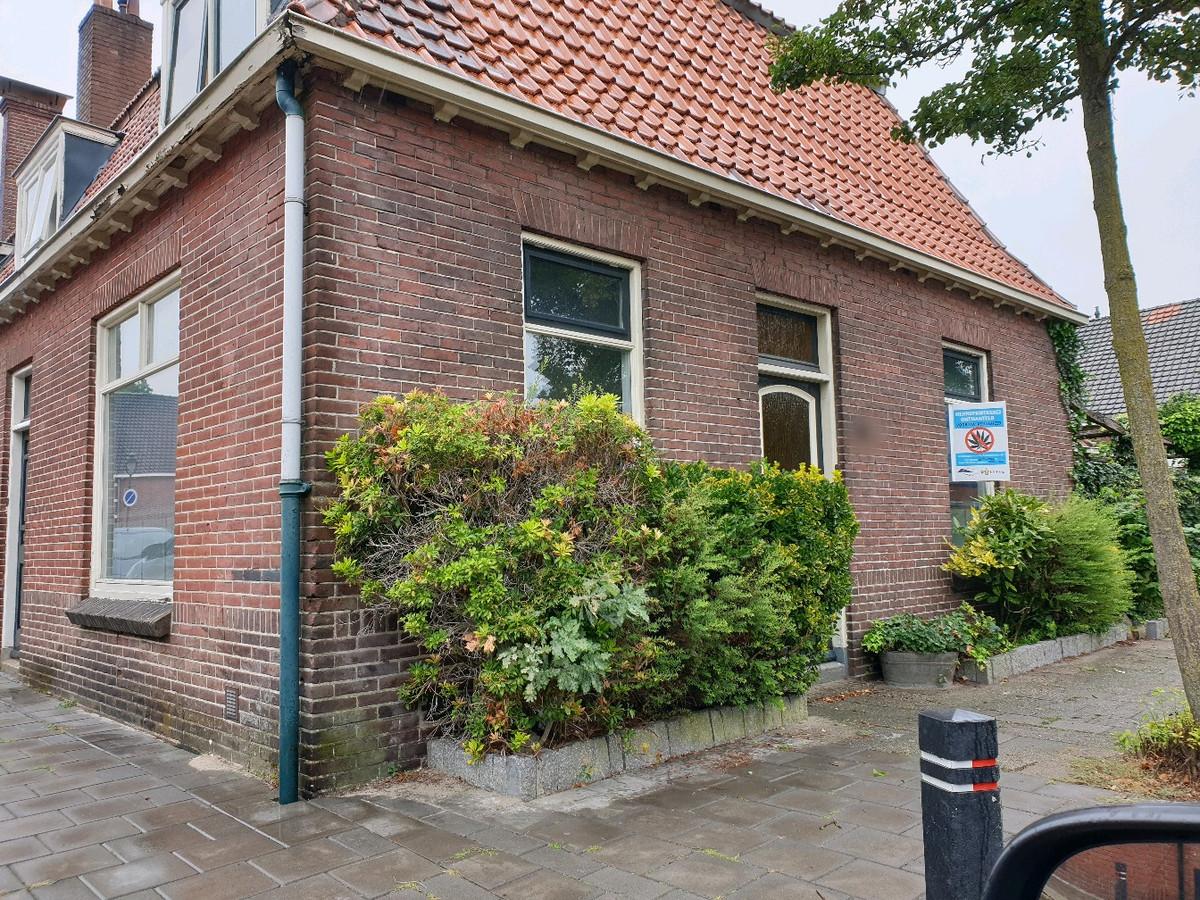 Het huis waar de hennep werd aangetroffen.