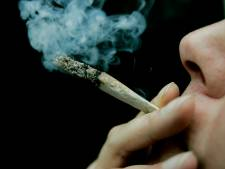Grote zorgen over blowende leerlingen in Arnhem: 'Gisteren had ik nog een stoned iemand in de klas'