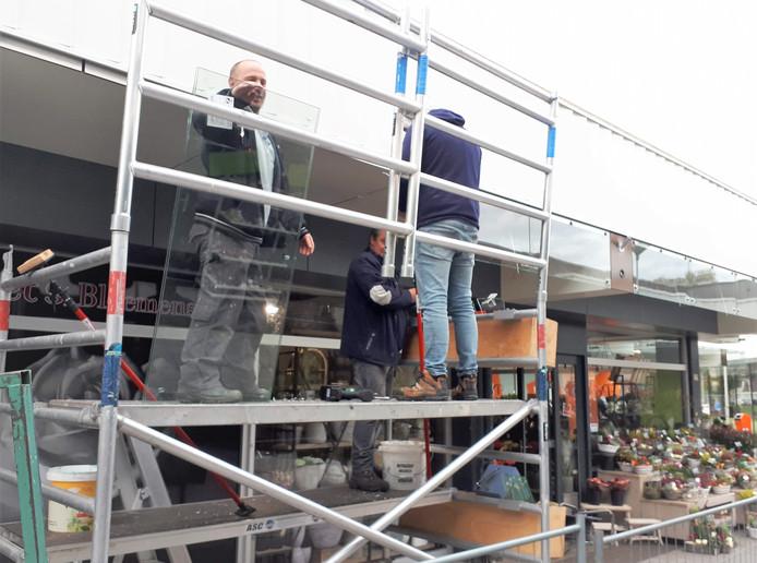 De renovatie van het winkelcentrum Dijkcentrum in Kortendijk is al een heel eind gevorderd.