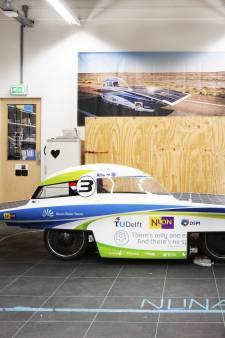 Studenten TU Delft naar Zwolle om raceauto NunaX te bouwen