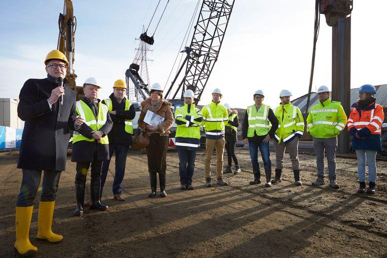 De werken aan de Gabriël Theunisbrug – de brug van het Sportpaleis in de volksmond - zijn officieel op gang getrapt.