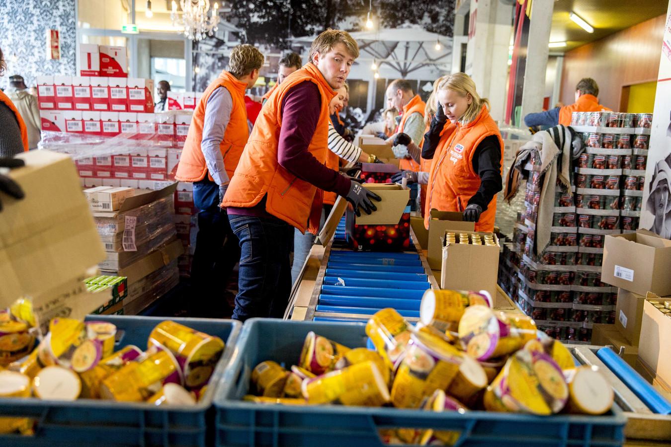 Een deel van de 51 miljoen ton voedsel die jaarlijks in de horeca wordt weggegooid gaat naar de Voedselbank, het meeste belandt echter nog altijd in de kliko.