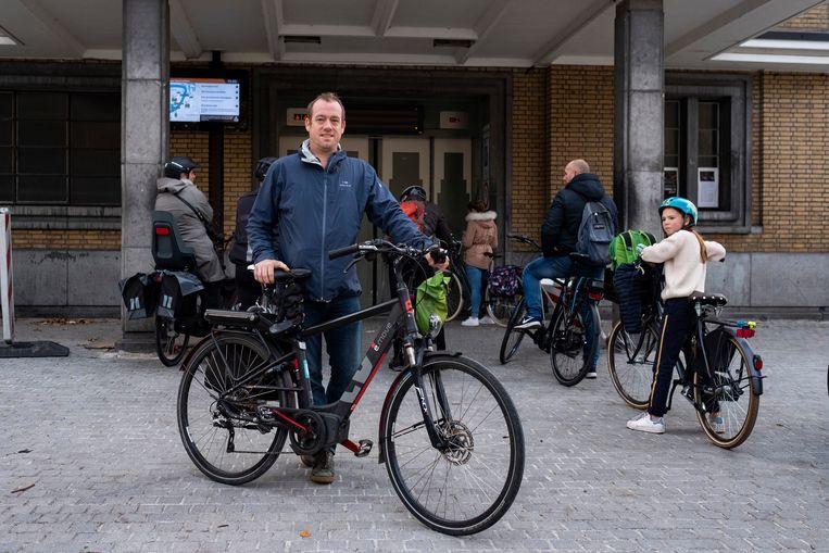 Joost Van der Donckt startte op Change.org een petitie voor een betere verbinding tussen Linker- en Rechteroever