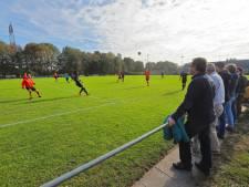 Voetbalclub Hoge Vucht is nog één incident van een royement af na massale vechtpartijen