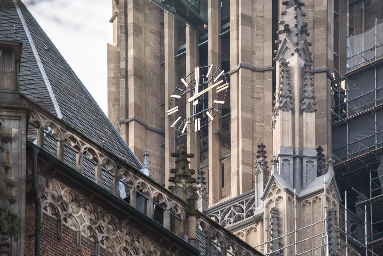 Drie van de vier klokken van de Eusebiuskerk in Arnhem doen het weer.