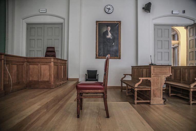 Een jongeman uit Heuvelland staat voor de rechter omdat hij zijn paswoord niet vrijgeeft.
