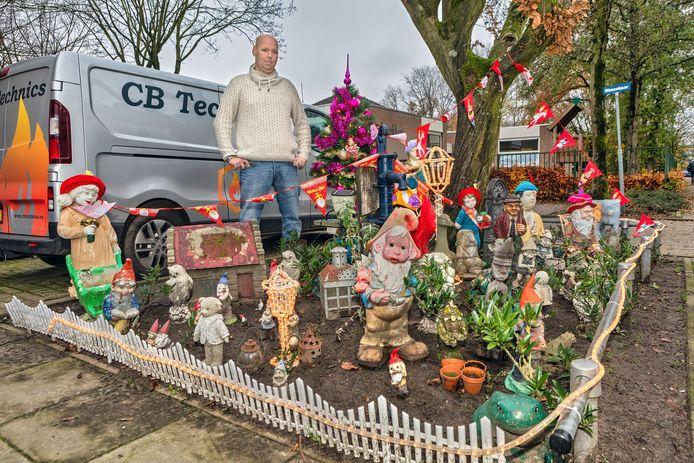 Bob Beunk uit Rijen heeft al twee jaar een kaboutertuin schuin voor zijn huis aan de Gagelrijs. Hij krijgt veel positieve reacties van kinderen en ouders, maar de tuin moet nu weg.