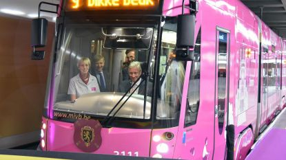 Koning Filip rijdt nieuwe tramlijn in
