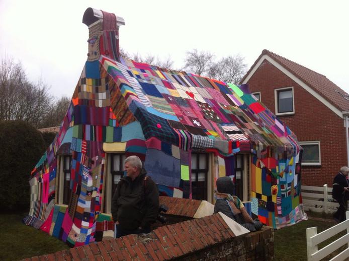 Kleinste huisje van groningen ingepakt in deken binnenland - Huisje met vide ...