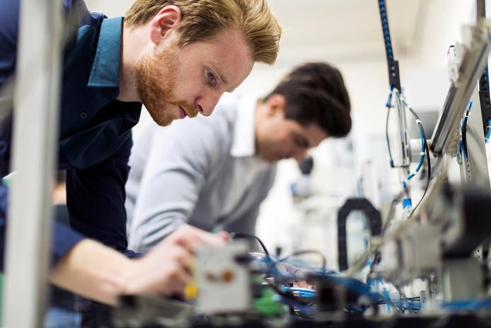 Breda Robotics wordt een werkplaats waar bedrijven en studenten robotiseringsproblemen in West-Brabant gaan oplossen.