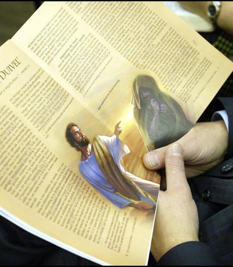 Jehova's genootschap is 'paradijs voor pedofielen'