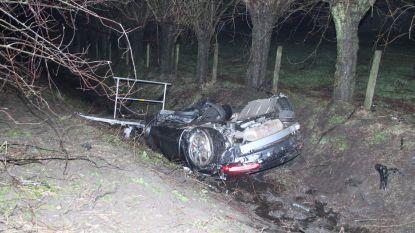 Twee gewonden bij klap met exclusieve sportwagen langs E403 in Ardooie