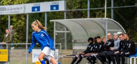 Aniek uit Huissen (14) kan naar Ajax, maar kiest voor RKHVV