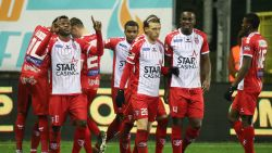 Moeskroen dankt Oostende voor defensief gestuntel en viert voor het eerst in bijna drie maanden na non-match (1-0)