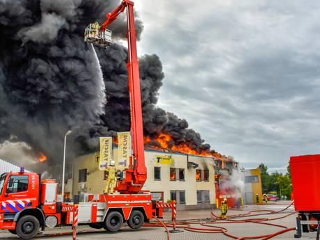 Technisch mankement leidde tot grote brand bij Tasche in Albergen