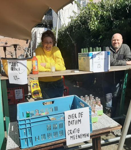 Openluchtcafé Blend houdt uitverkoop en vreest einde door corona