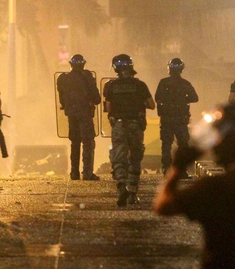 Un policier perd une main à La Réunion, 29 autres blessés