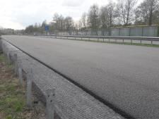 Nieuw asfalt A348 heeft eerste 'wegdeklabel' ter wereld