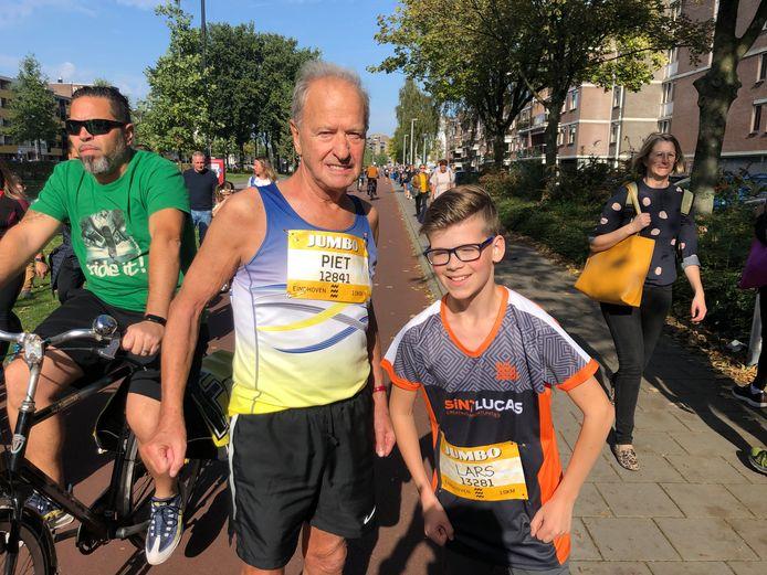 Piet Loverenbosch (82) en Lars Vermazeren (12) uit Deurne gaan de 10 kilometer lopen tijdens de Marathon Eindhoven