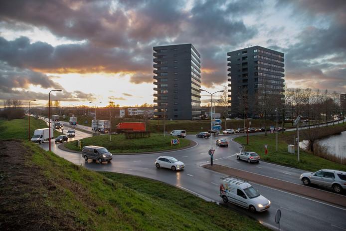 De Rondweg-Oost in Veenendaal moet vierbaans gaan worden.
