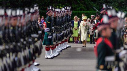 Queen Elizabeth (92) laat zich weer zien na zomergriepje