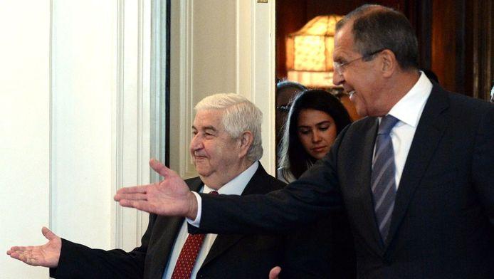 Le ministre syrien des Affaires étrangères Walid al-Mouallem et son homologue russe Sergueï Lavrov