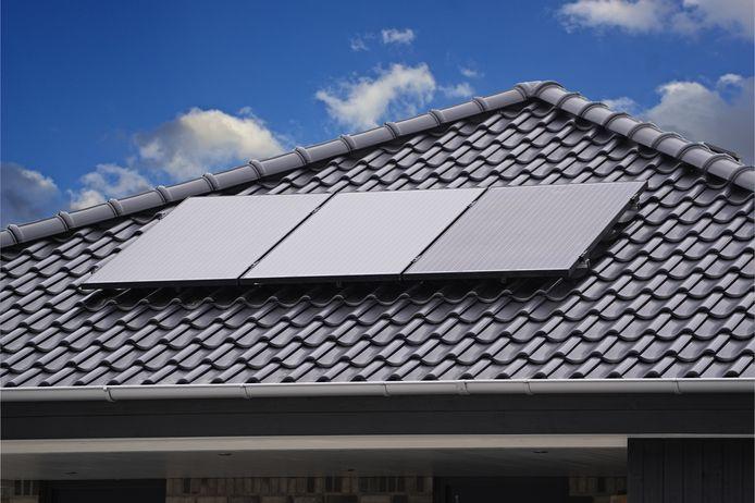 Sommige nieuwbouwhuizen hebben wel plek voor meer zonnepanelen, maar die worden niet standaard gelegd terwijl dat wel beter zou zijn voor duurzaamheidsdoelen en de portemonnee van de bewoners.