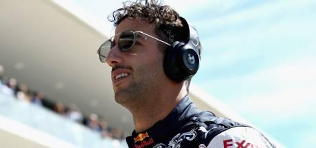Ricciardo sloeg gat in muur: 'Het lag weer aan de motor'