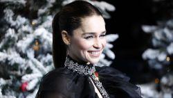 """Emilia Clarke stond onder druk om naaktscènes te doen in 'Game of Thrones': """"'Je wil de fans toch niet teleurstellen', zeiden ze"""""""