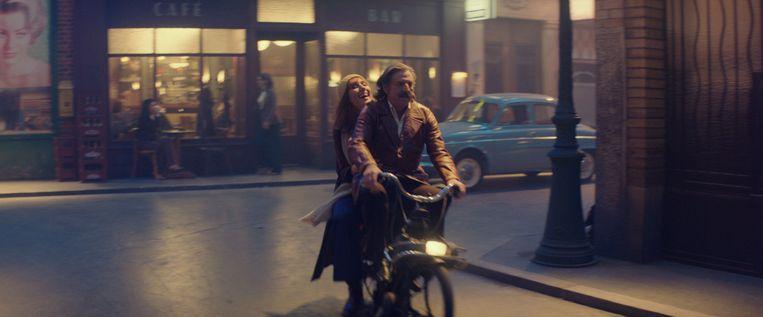 Doria Tillier en Daniel Auteuil als Victor in La belle époque. Beeld K2 - filmbeeld