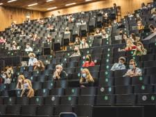 Nooit geziene eerste lesdag van nieuw academiejaar UGent: stille straten en nauwelijks gevulde auditoria, maar gelukkig is Otto-Jan Ham er nog