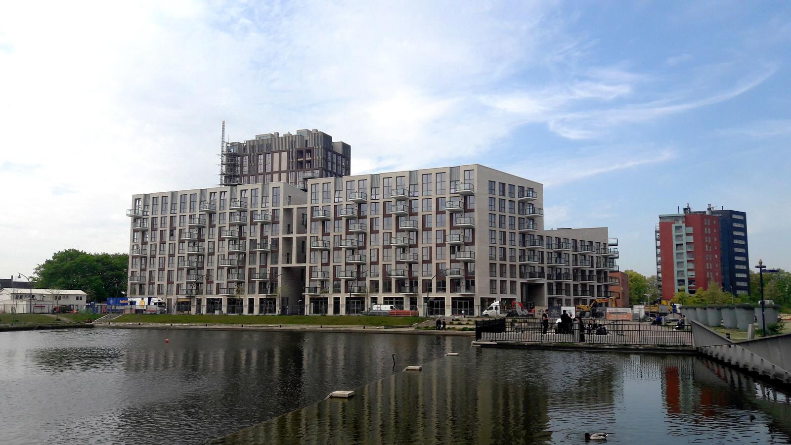 Appartementencomplex Het Hof in het Paleiskwartier, waar Shizen nu zit