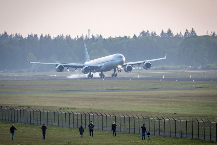 De Airbus A340-600 van Qatar Airways.