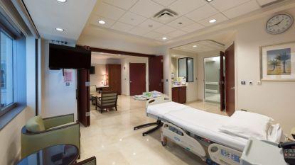 Kamer met champagne, zalm en eigen verpleegster